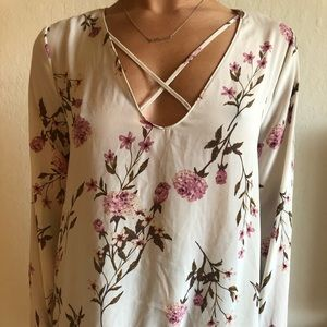 Long sleeve floral top Lush